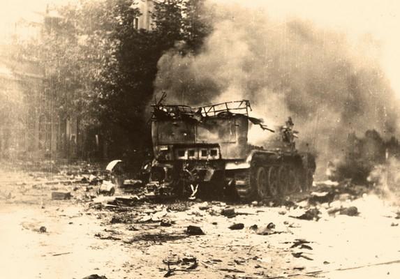 German military vehicle destroyed in front of student dormitory in Kralja Aleksandra Street upon liberation of Belgrade, 1944, IAB, Zf RP i NOB i socijalističke izgradnje.