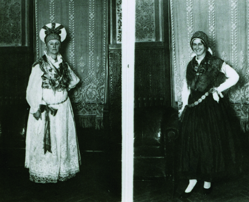 Fernanda Majaron (left) and Mrs Kersnik (right), members of the delegation of The Circle of Yugoslav Sisters from Ljubljana, wearing Slovene national dresses at the ball organized by The Circle of Serbian Sisters, Belgrade, 1934, IAB, Pf G.