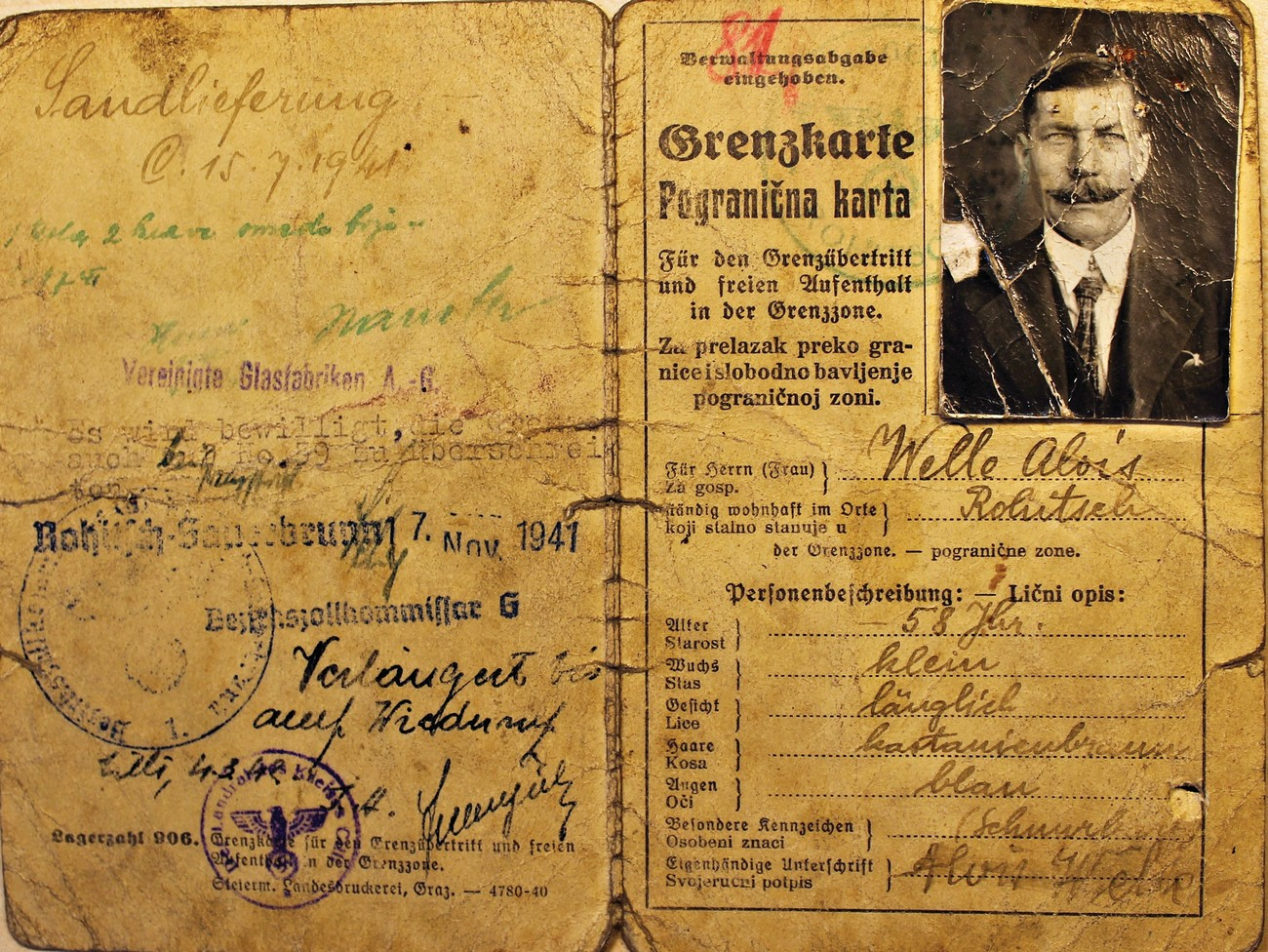 Example of a bilingual border pass (Grenzkarte) owned by Alojz Welle from Rogatec. In addition to the official stamp of the district customs office, and the date of issue and validity, each permit also contained a description of its owner with information on age, occupation and place of employment. There was a space for a photograph in the top right corner. Archives of the RS.