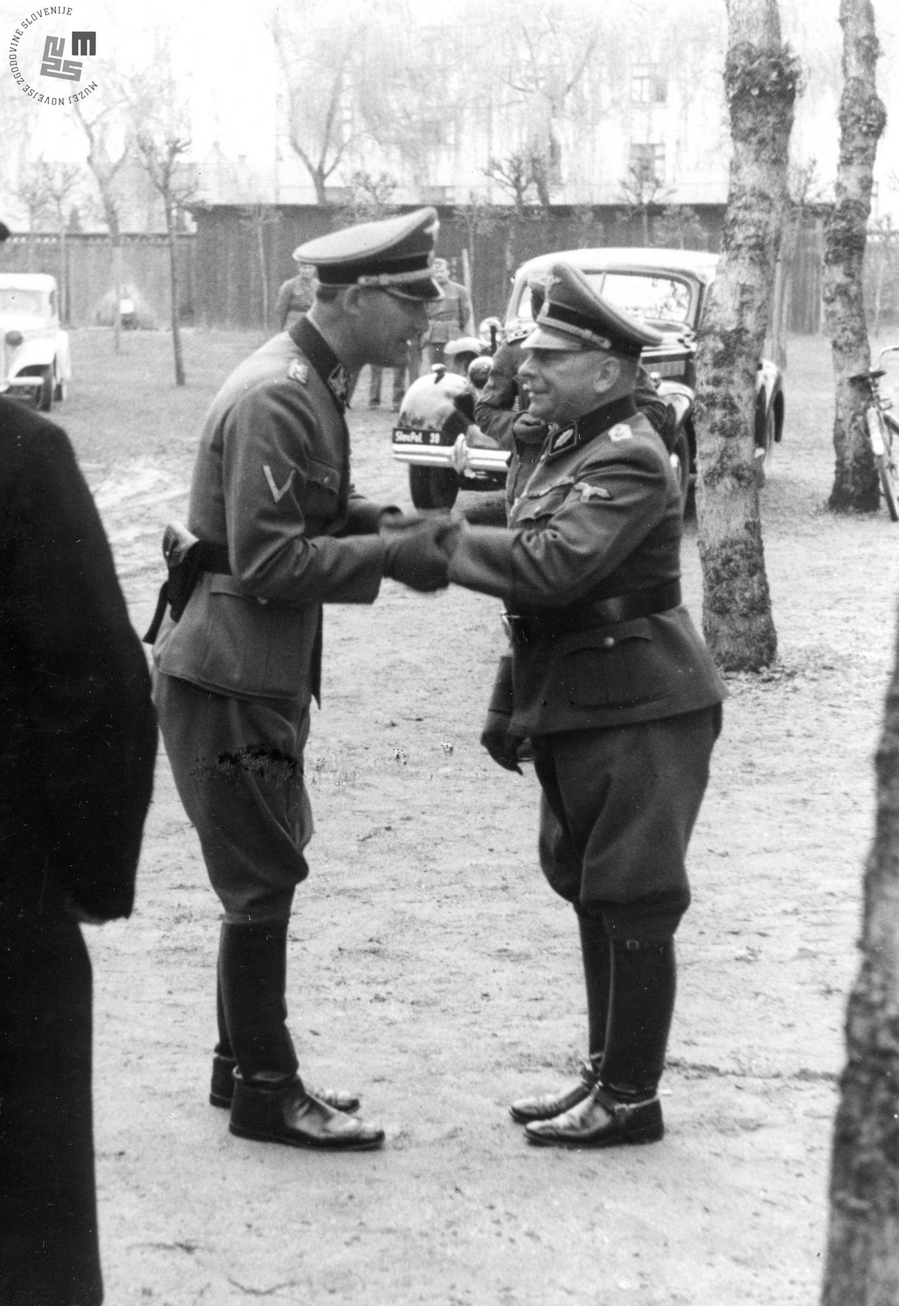 In the summer of 1944 a Kampfkommandant (Battle Commander) was assigned to Ljubljana. It was the Kampfkommandant's duty to ensure the defence of the city and its periphery in case of danger. Battle Commander was SS - standartenführer Max Schimmelpfennig (right). On the left Erwin Rösener. MNZS.